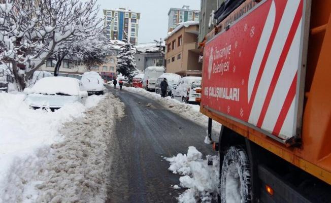 Ümraniye'de Kar Çalışmaları