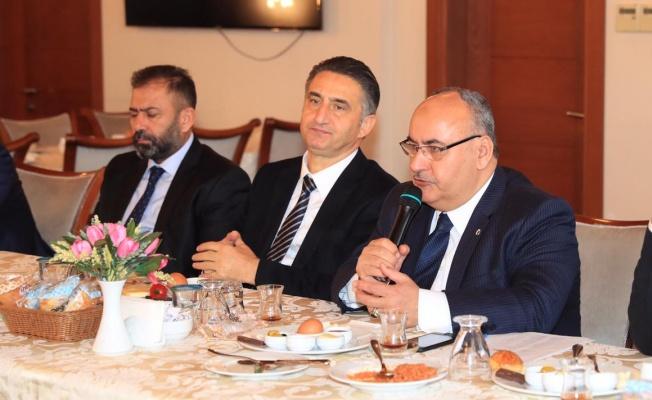 Ümraniye'de Muhtarlar Toplantısı Yapıldı